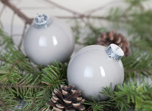 I Really Wanted Gray Ornaments This Year For My Tree So Decided To Make Own It S Easy And They Look Charming Plus You Get Customize