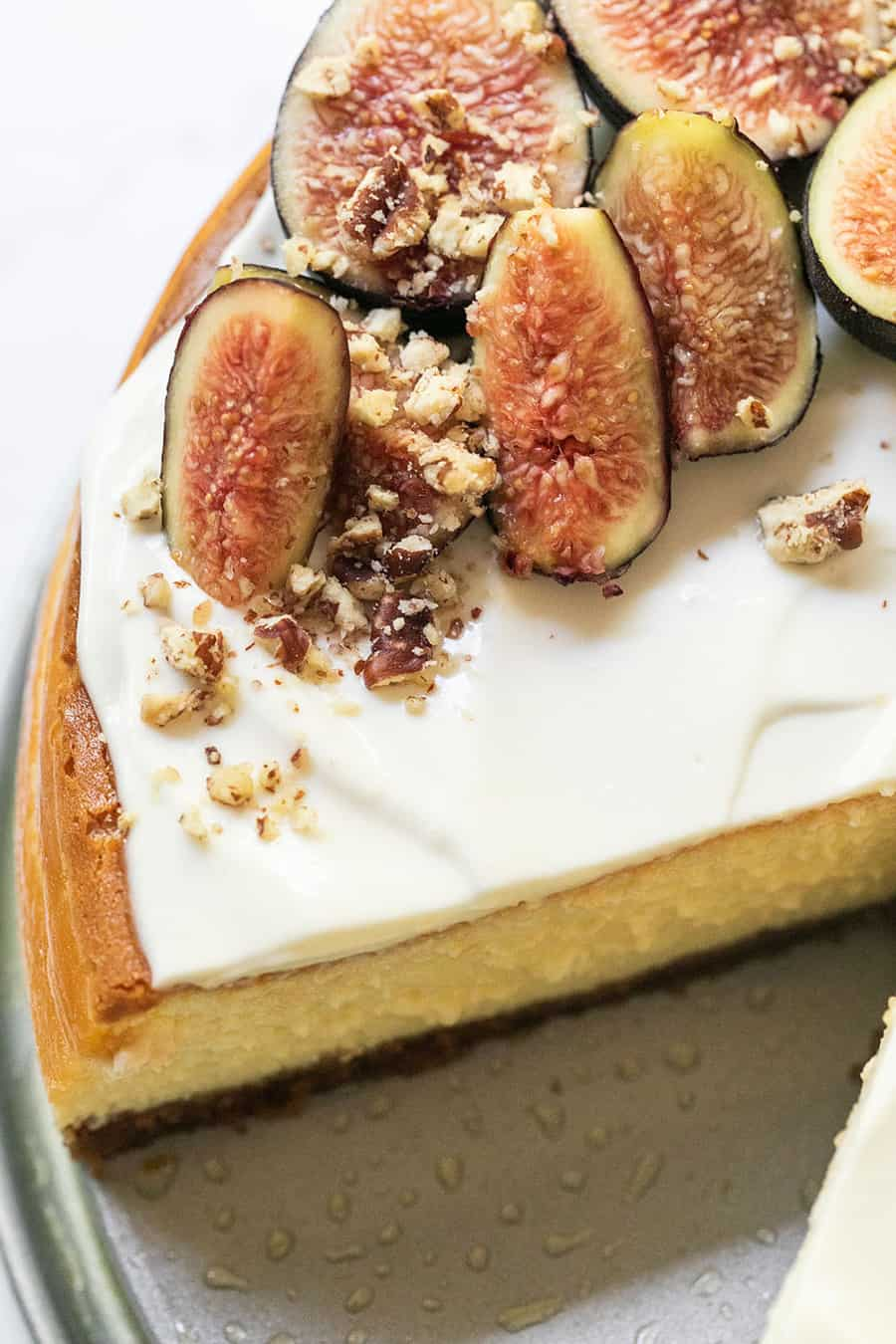 Figs on top of a cheesecake