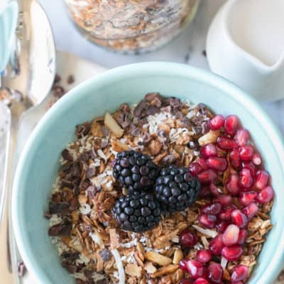 Sweet Mornings – Organic Cacao, Coconut and Quinoa Granola
