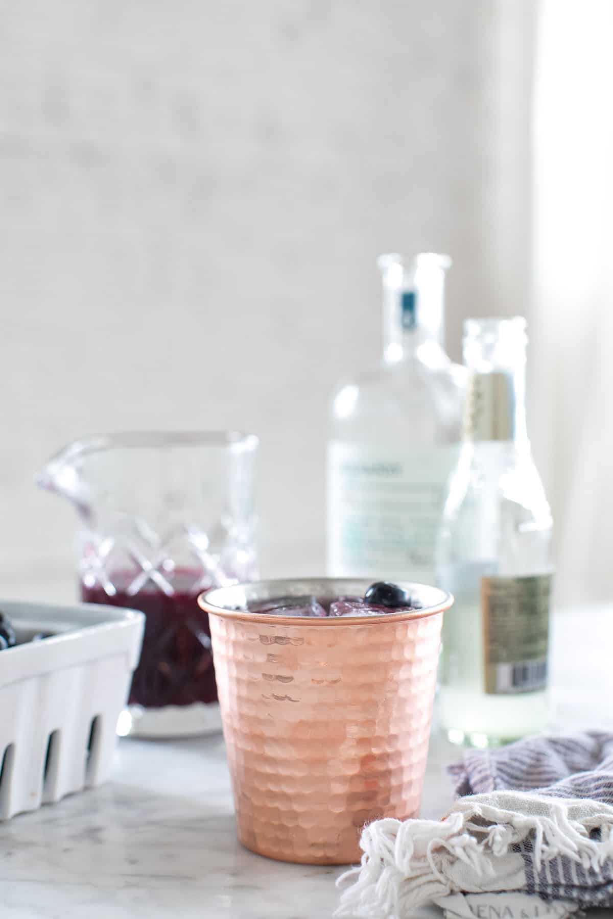 how to make a blueberry Moscow Mule