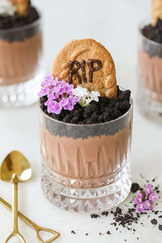 Halloween party ideas, dirt cups.