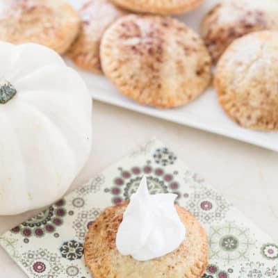 How to Make Easy Mini Pumpkin Pies!
