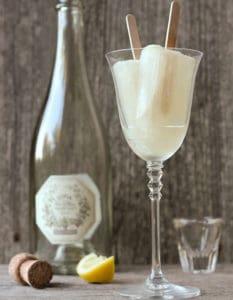 14 Fabulous Sparkling Cocktails
