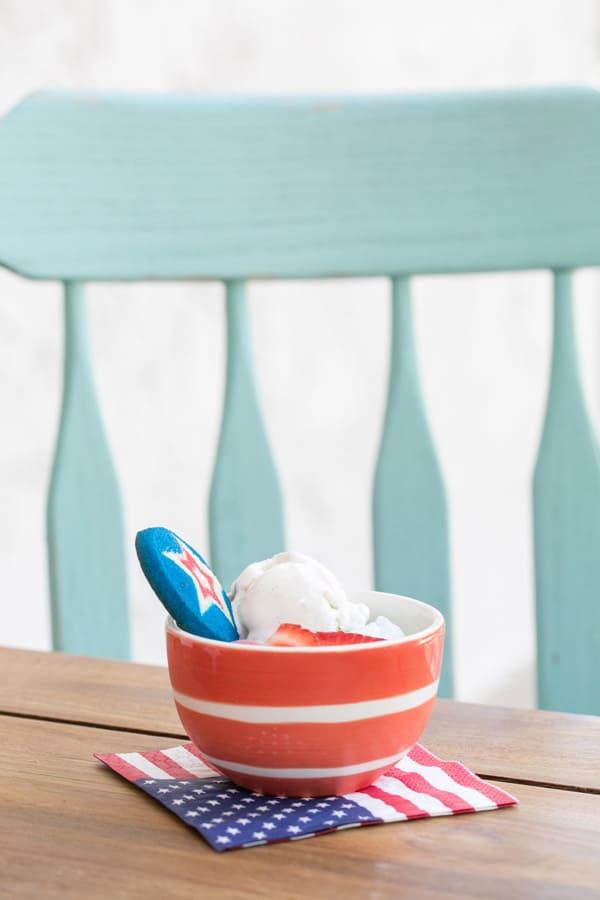 4th of July ice cream bowl.
