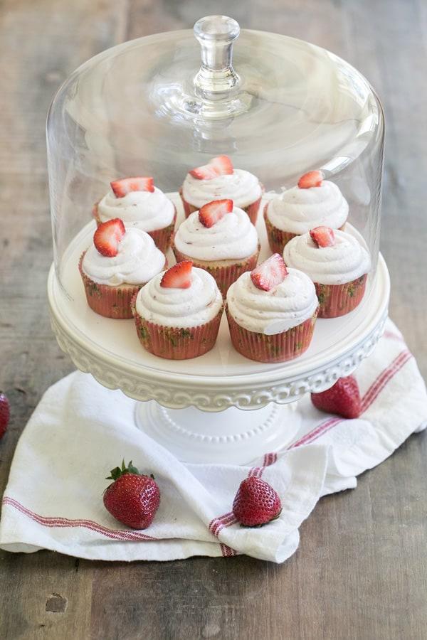 StrawberryCupcakes_MarthaStewart_4