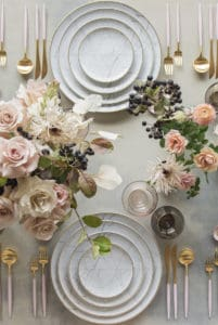 10 Charming Table Settings for Your Next Party!