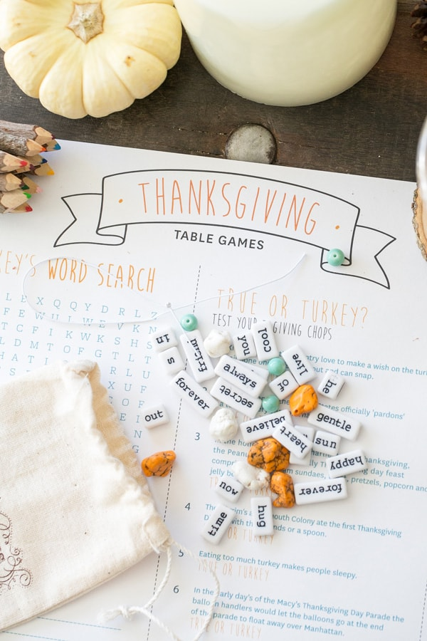 Thanksgiving Table Games printable and DIY Thanksgiving necklaces.