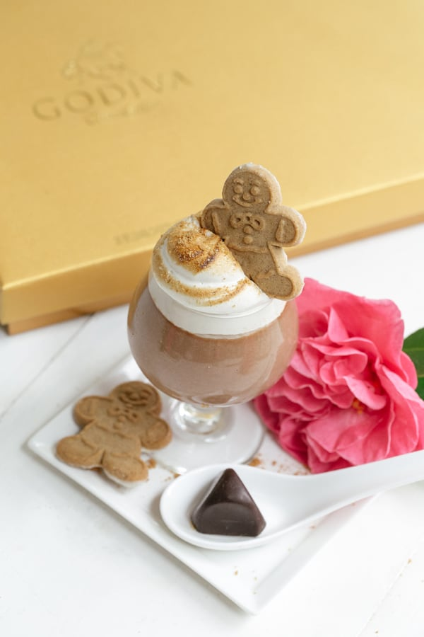 GODIVA_Parfait_Gingerbread_1