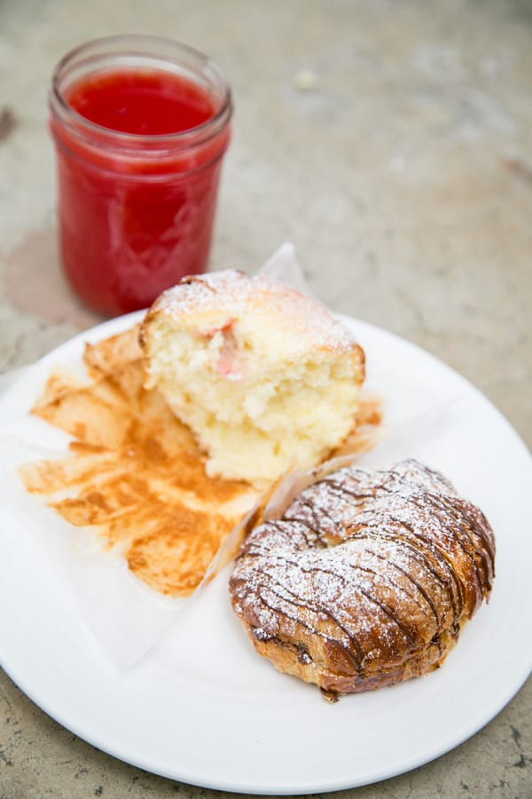 Croissant and muffin with juice