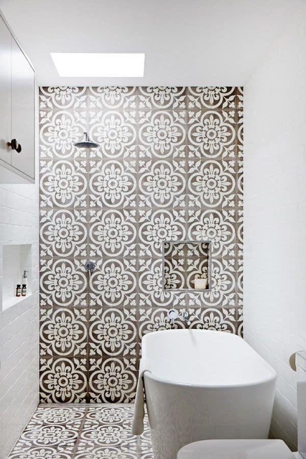 10 Chic Bathroom Tiles - Sugar and Charm - sweet recipes ...