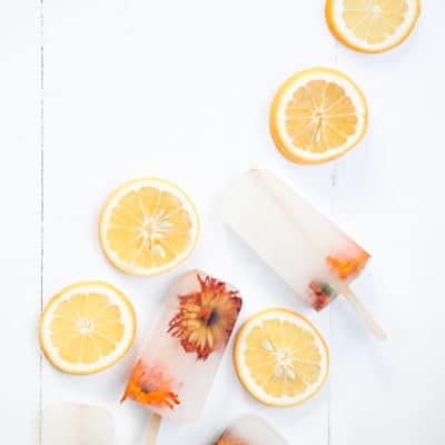 Easy Entertaining: Floral Lemonade Popsicles