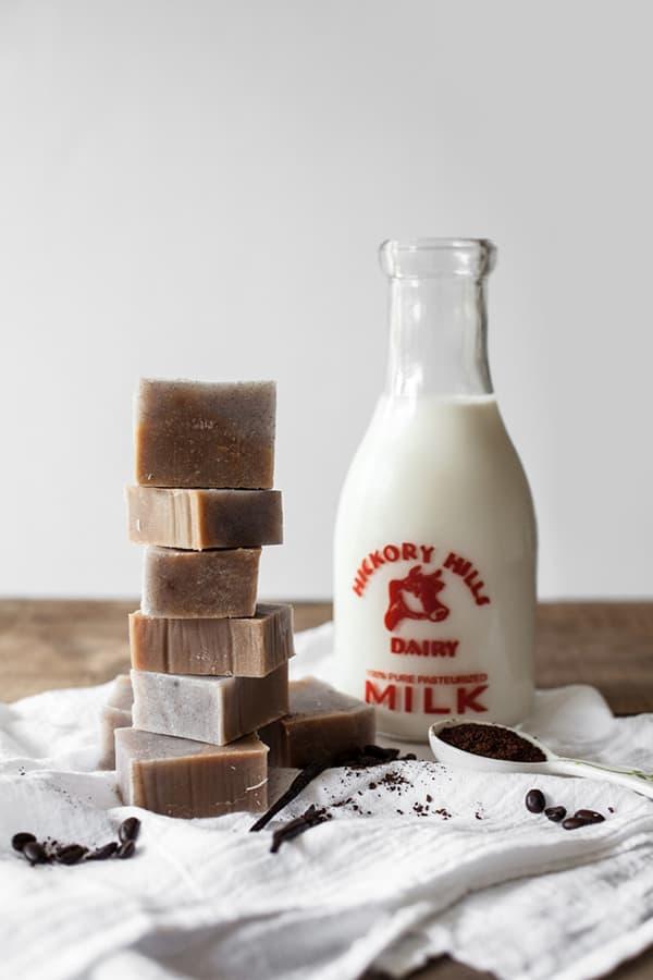 Vanilla-Bean-Latte-Soap-5-650x975