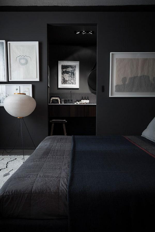 Black_Interiors_1
