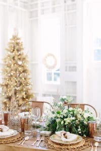 A Charming Holiday Table Setting