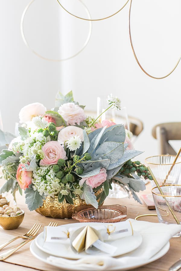 Ringing in the New Year with a Charming Table Setting! - Sugar and ...