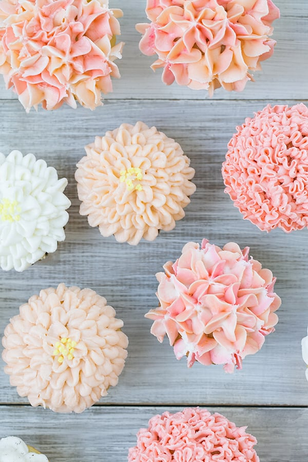 above shot of 6 frosted cupcake ideas