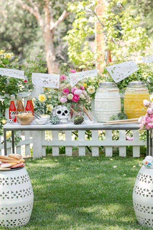 Cinco de Mayo party set-up outside.