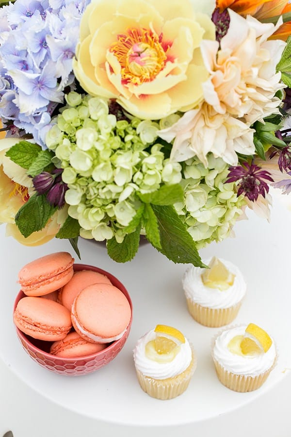 cupcakes and lemon cupcakes and flowers
