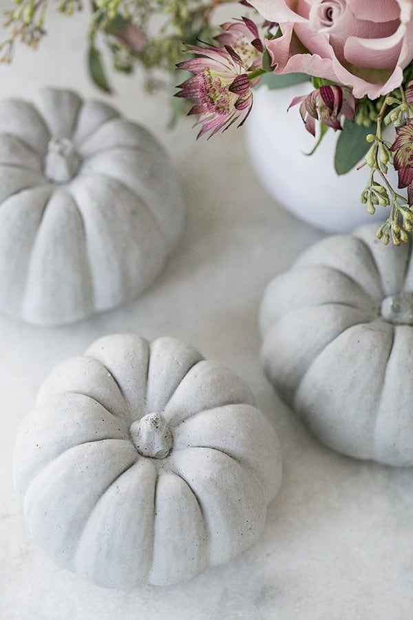 close up of pumpkin decorations on a table