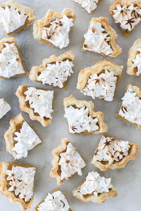 mini_toasted_marshmallow_pumpkin_pies_sugarandcharm_7