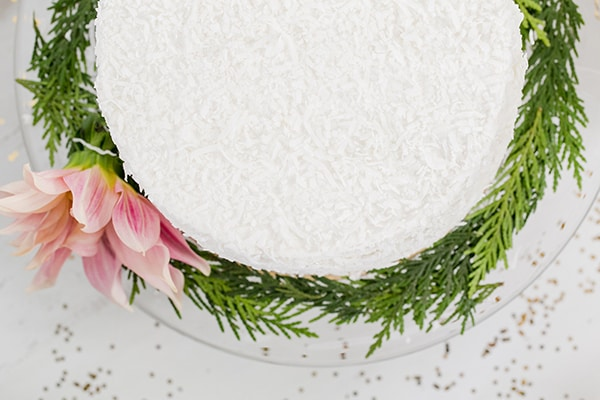 holiday-dessert-table-evine-sugarandcharm-9