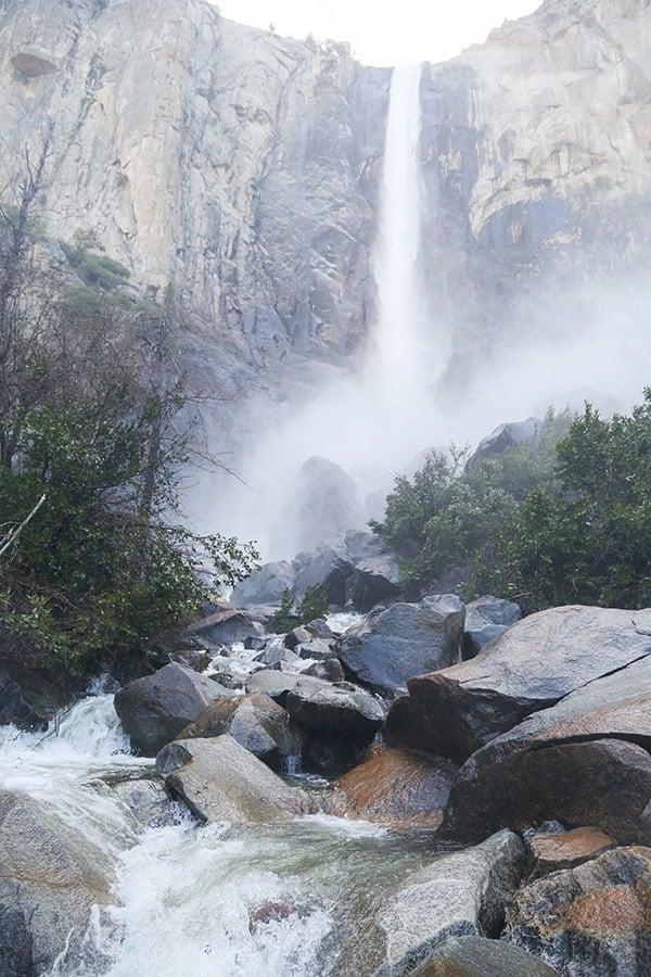 stunning waterfall in Yosemite national park