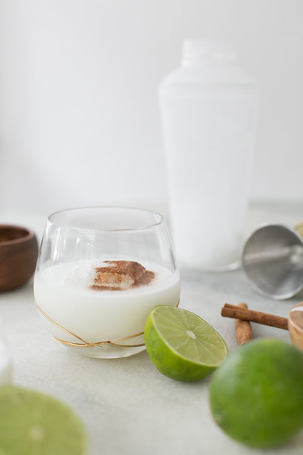 Coconut margarita with lime and cinnamon