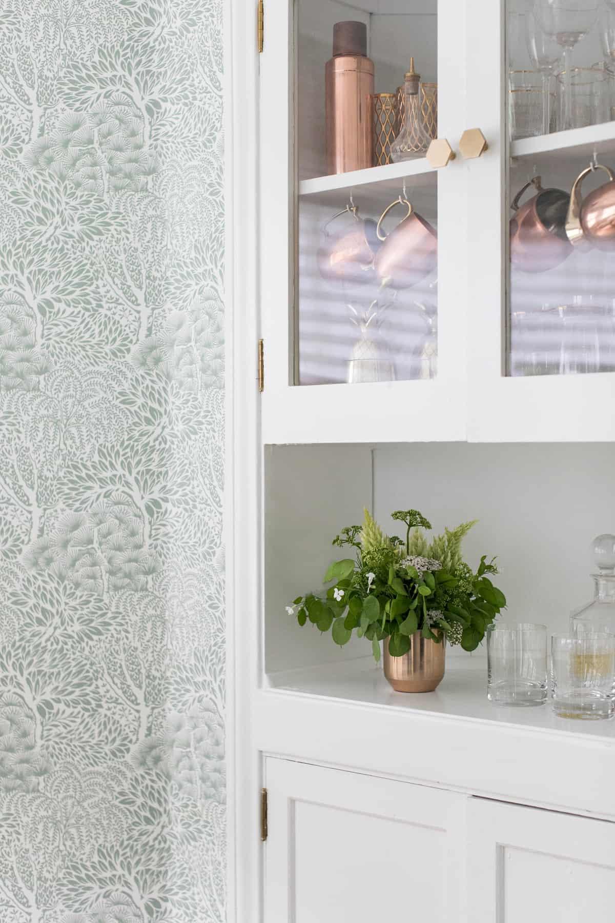 Kitchen nook with pretty wallpaper