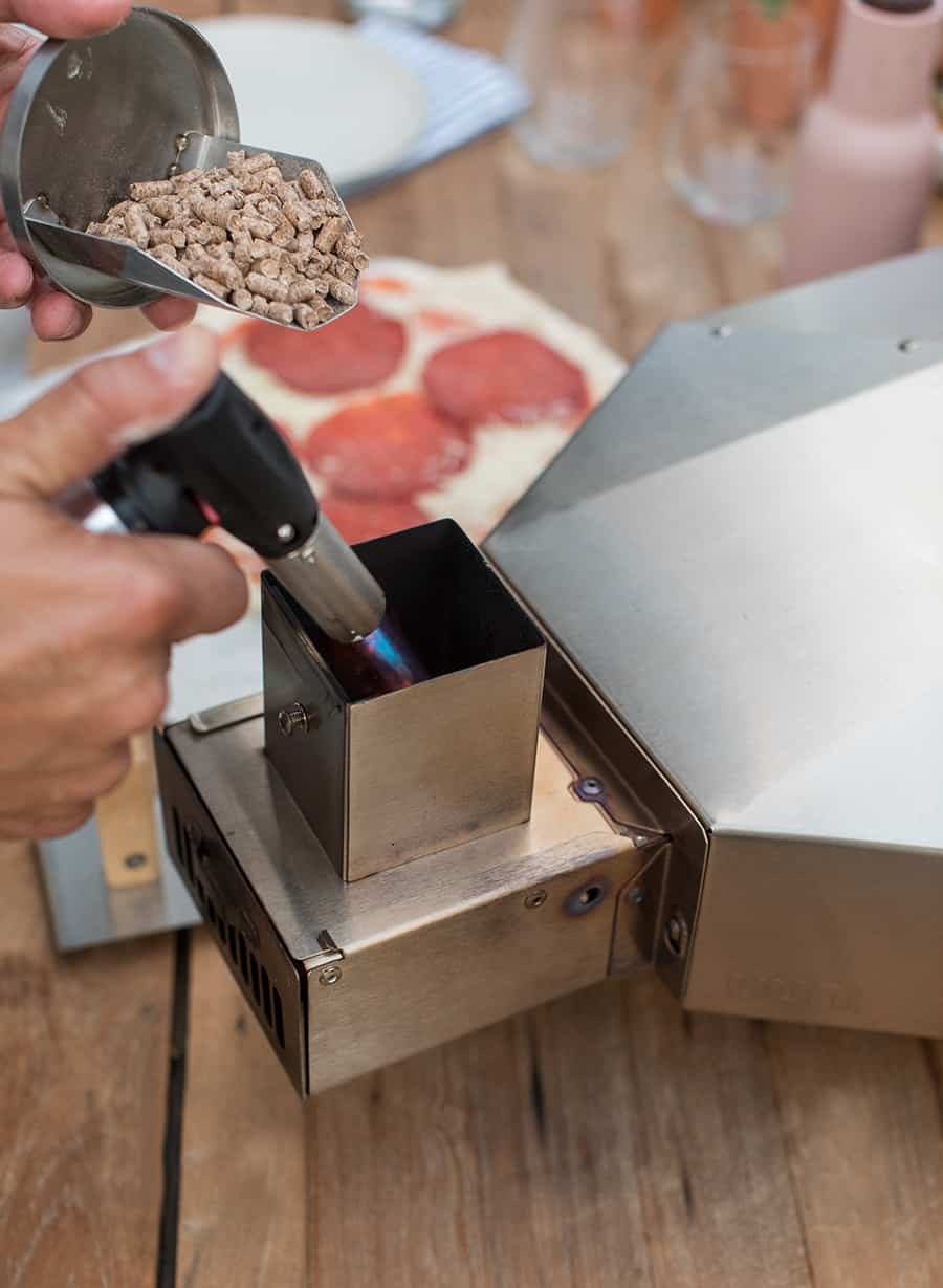 using a torch for the Uuni pizza