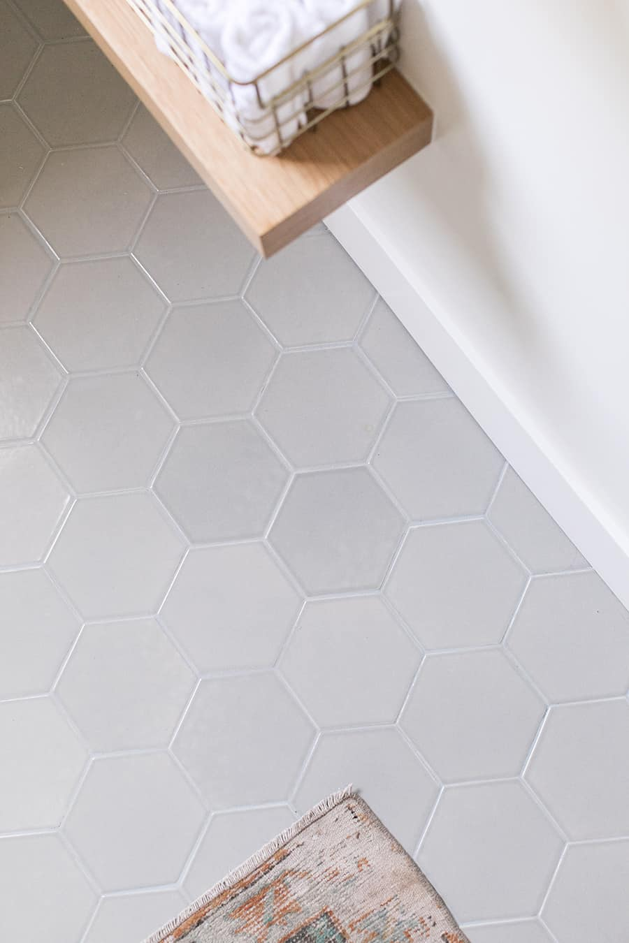 Light gray Fireclay tile