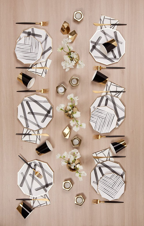 black and white paper plates