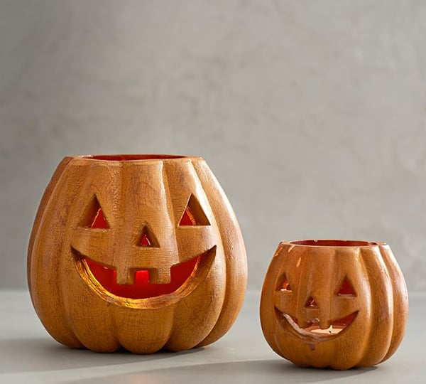 Pumpkin vases to use for Halloween decorations