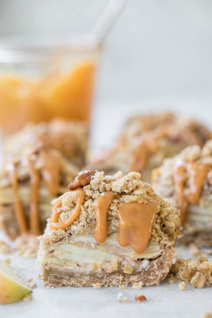 Caramel Apple Crumble Bars Recipe
