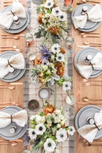 A Rustic Modern Thanksgiving Table Setting