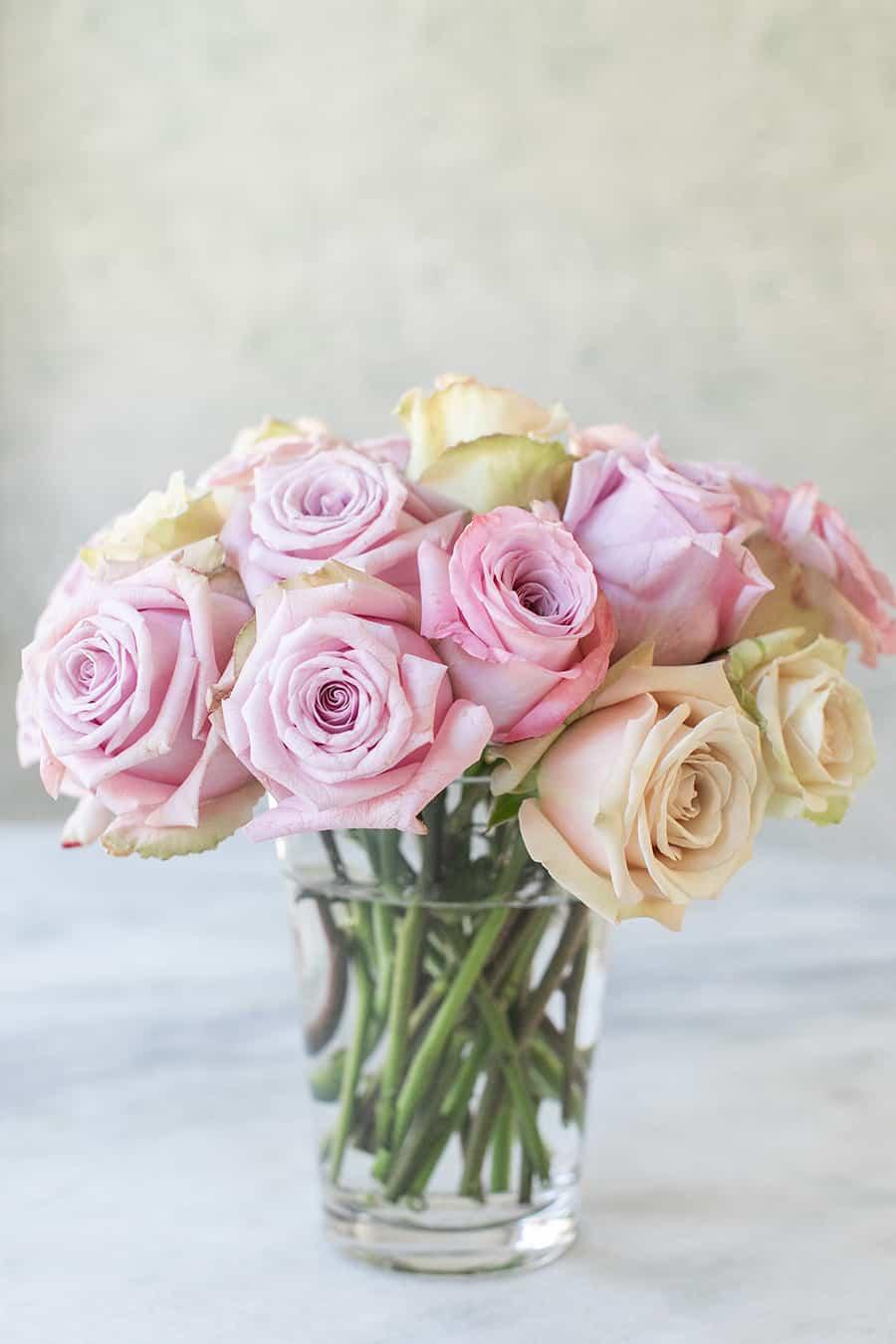 rose arrangement in a vase
