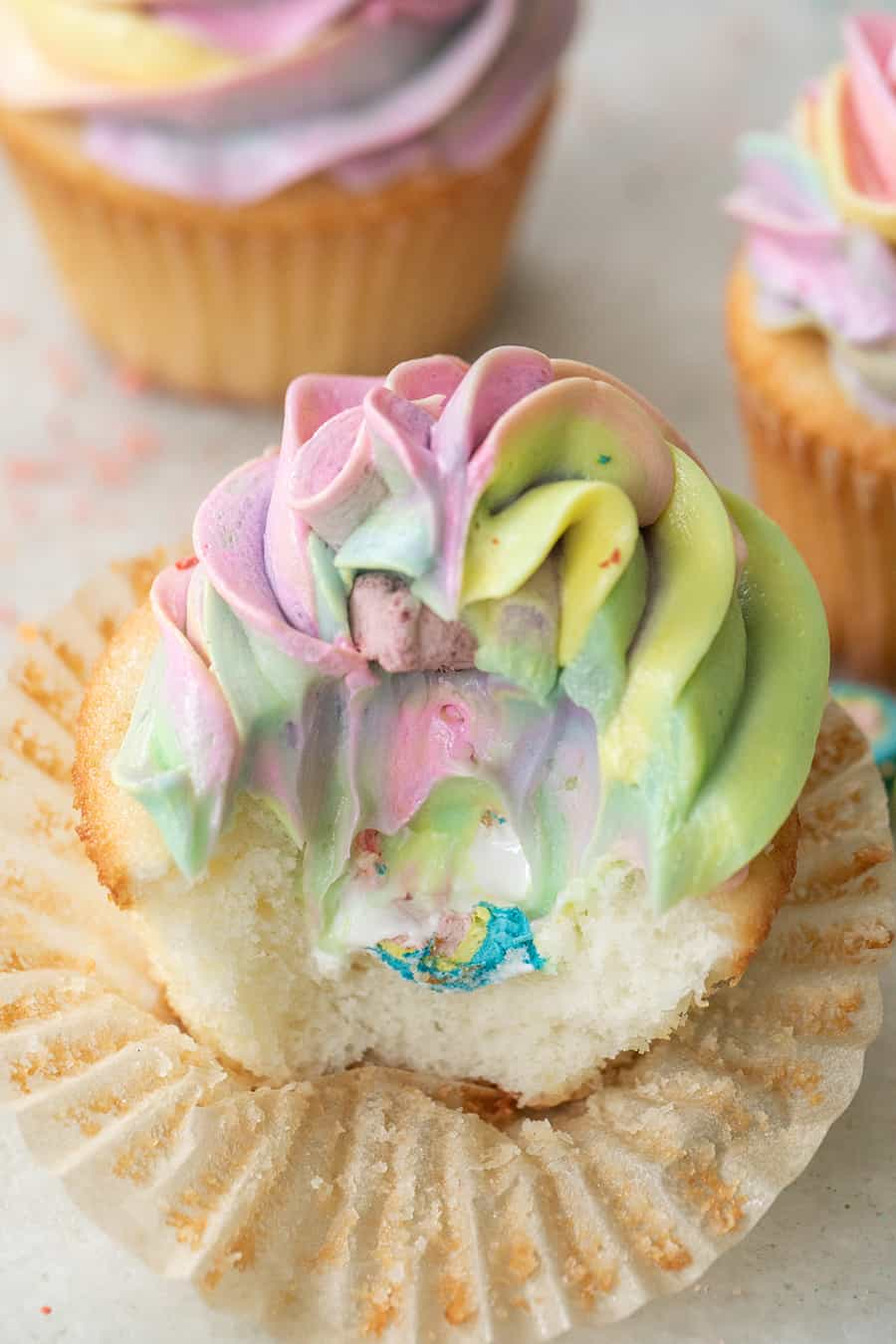 Lucky Charms cupcakes with marshmallow center