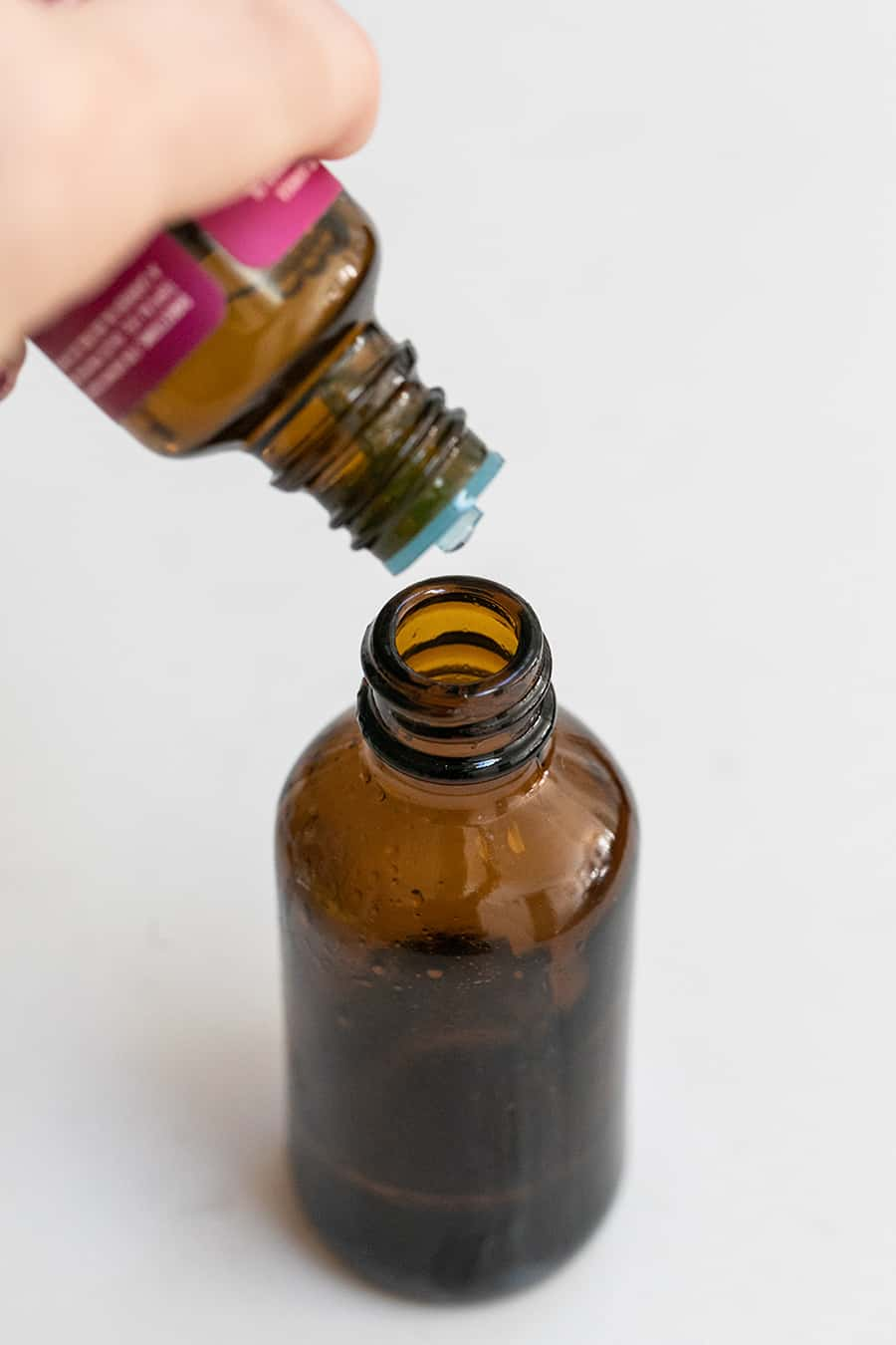 Lavender Essential Oil to Make a Natural Linen Spray