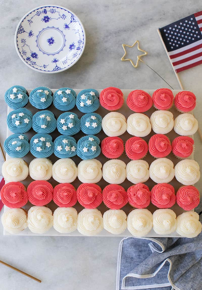 American flag cupcake cake is the cutest 4th of July cake.