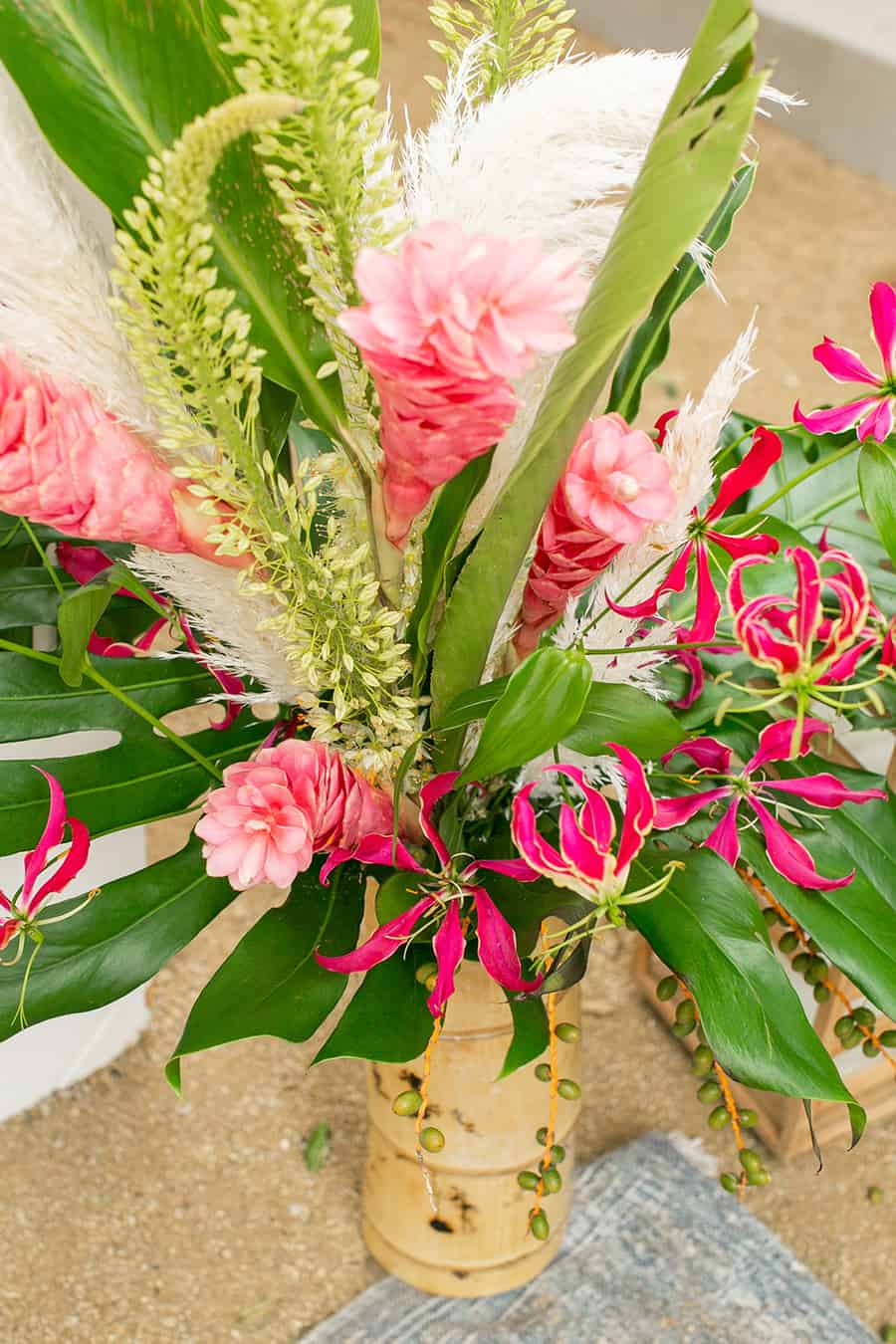 Flowers for tropical party