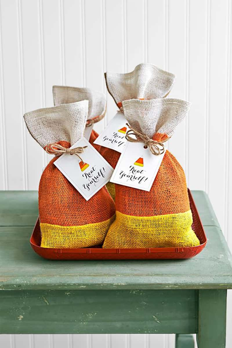 Halloween candy corn treat bags with a cute printable tag.