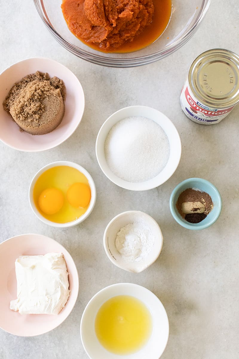 Ingredients to make a homemade pumpkin pie.