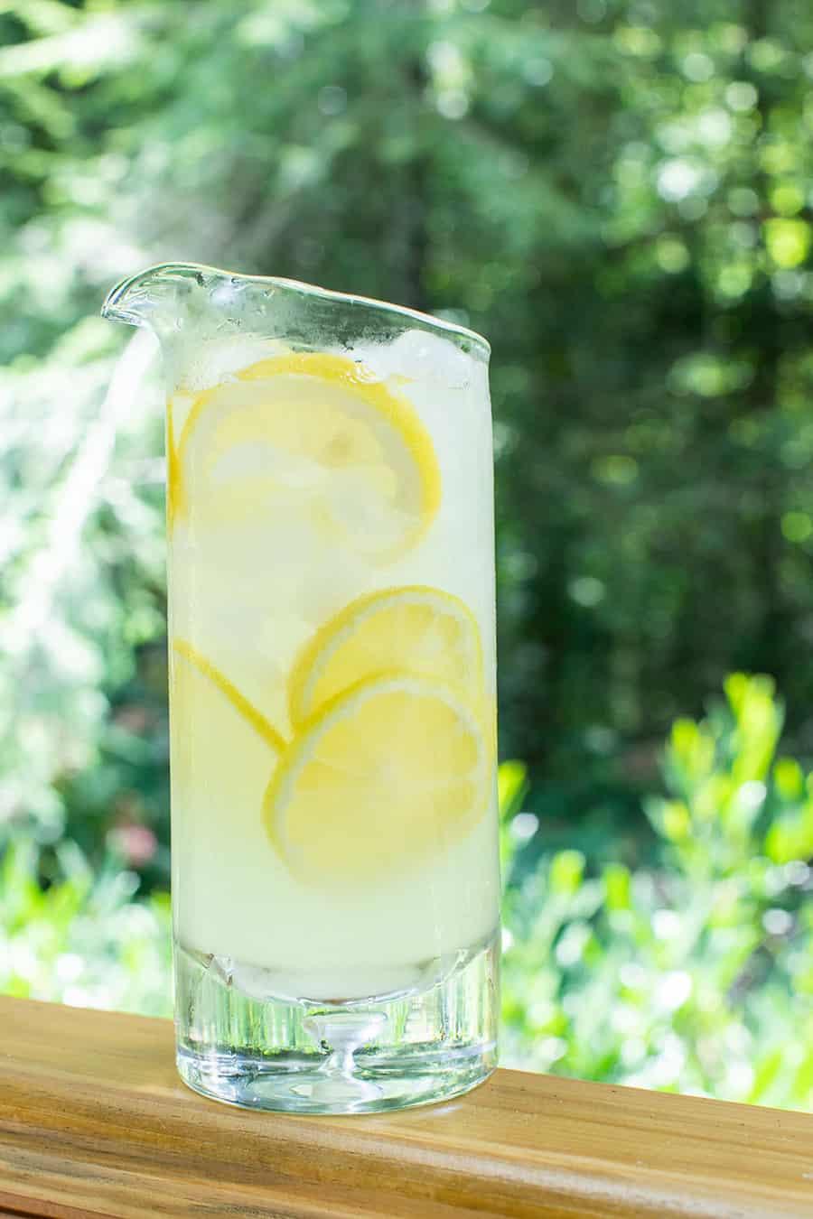 Homemade lemonade to make an Arnold Palmer