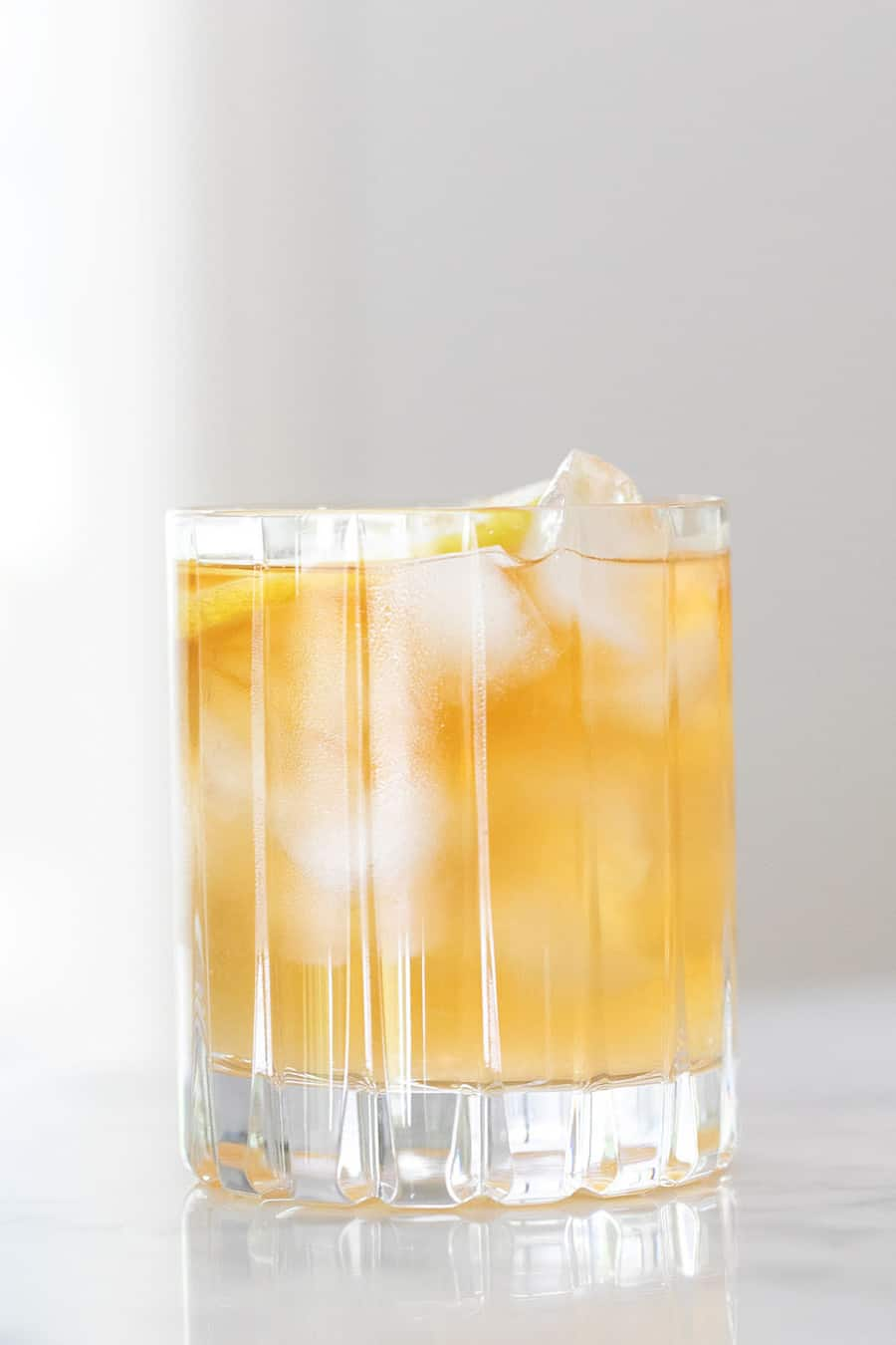 Arnold Palmer cocktail with lemonade and iced tea.