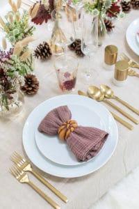 Beautiful Fall Thanksgiving Table Setting